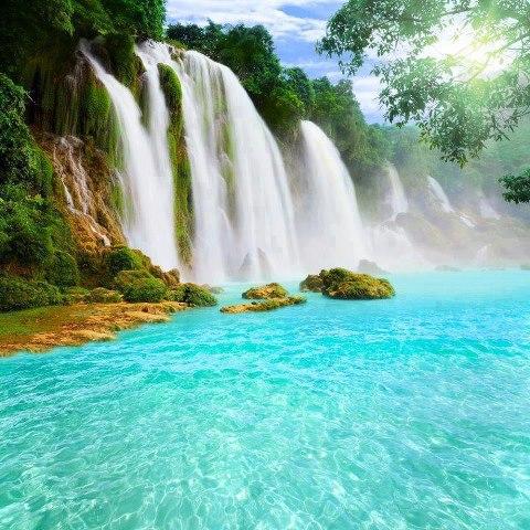 beutiful waterfall.jpg